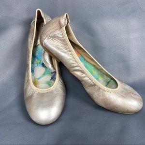 BORN Julianne Cotta Metallic Ballet Flats B78215